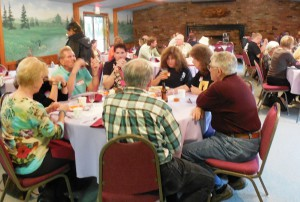 Overview of attendees in Pineview Lake club house